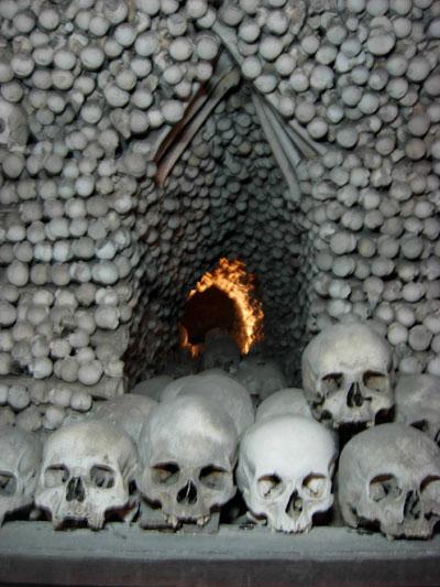 vampire-skulls